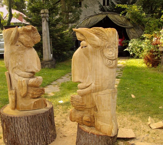 DEVILS, wooden sculpture