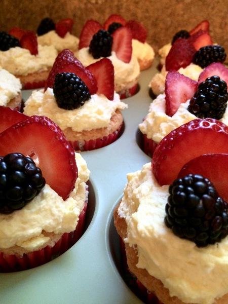 Angel Food Cupcakes / Lemon Bavarian Creme