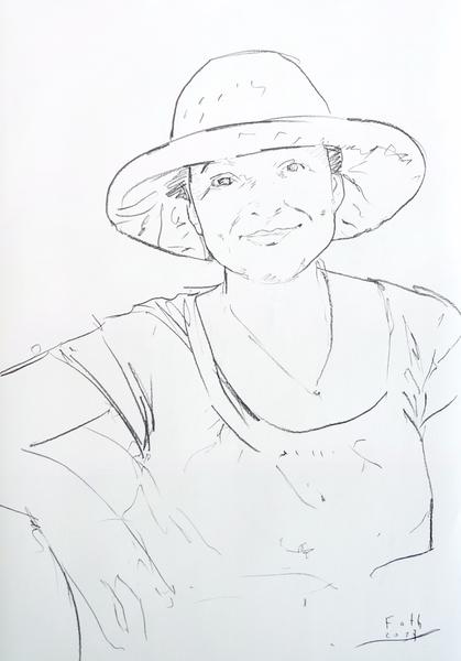 Ioana mit geflochtenem Hut
