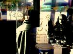 Picasso und Gillot verweilen in einem Café