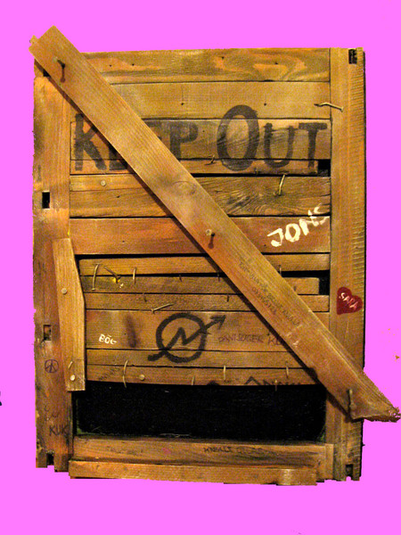 Danny_hennesy_artwork_keep_out_squaters_pinkbg
