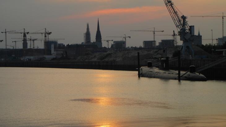 IMG_2347 - Why We Love Hamburg - Yellow Submarine