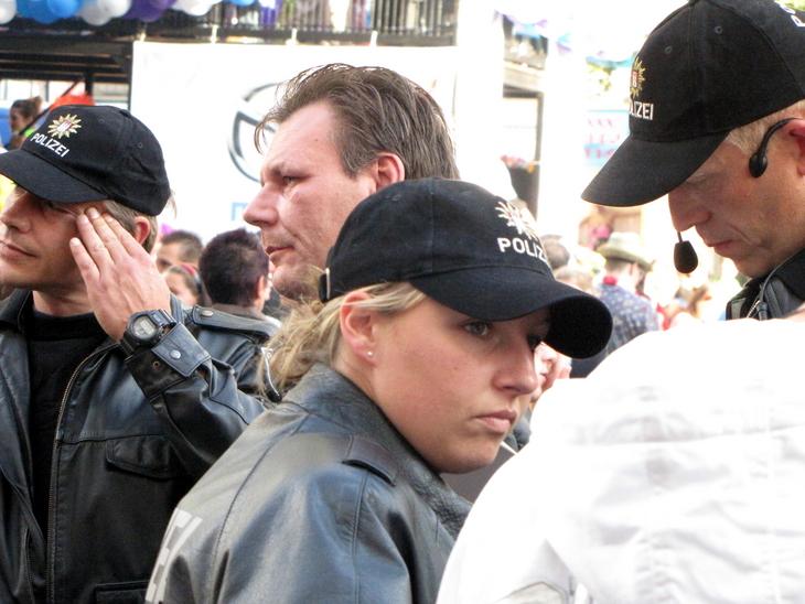 IMG_4294 - Schlagermove 2009 - Men At Work - About Headaches