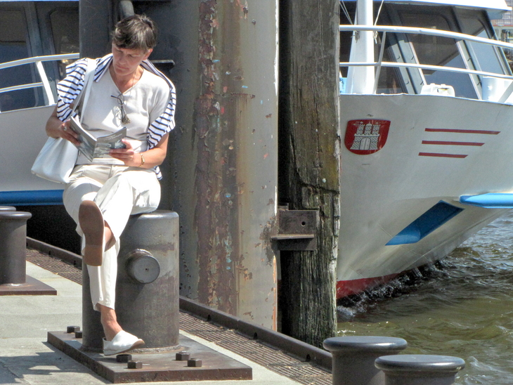 IMG_5000 - Why We Love Hamburg - Leisure Time At The Pier
