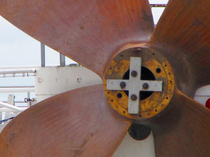 IMG_5356 - Fish & Ships - Cap San Diego Detail - Propeller
