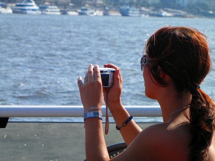 IMG_5709 - Tourists - Photographers - Joy On A Ferryboat