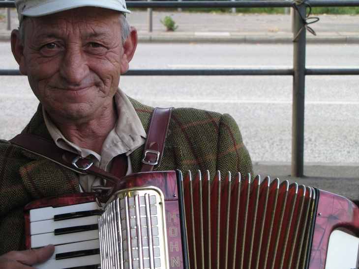 IMG_7026 - Streetfightin` Men - The Harmonica Player