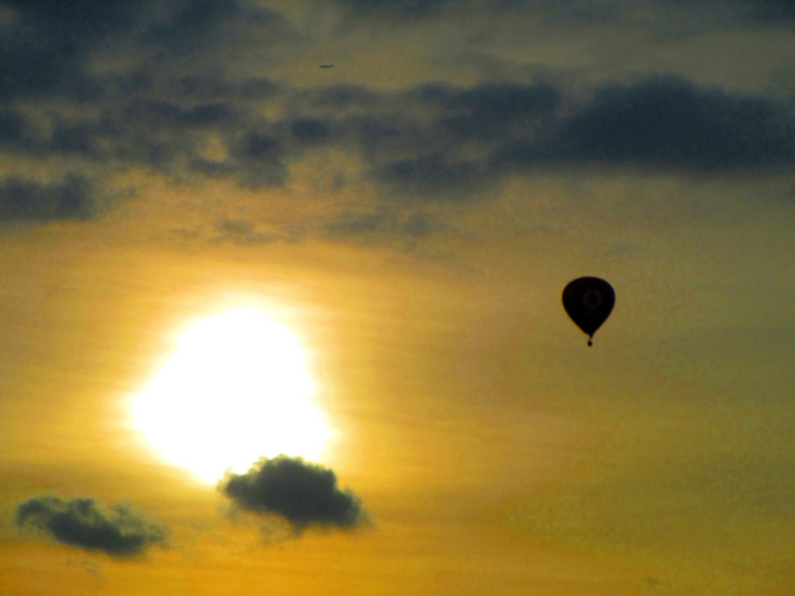 IMG_7351- Ikarus Bros. - Balloon - The Secrets Of A Golden Dawn