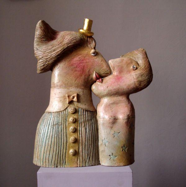 First kiss, ceramic sculpture