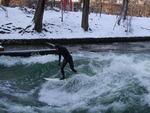 Surfer am Eisbach/Munich