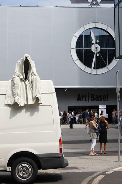 contemporary-artbasel-sculpture-ghost-car-manfred-kielnhofer