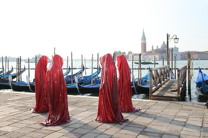 contemporary-art-biennale-show-project-venice-st-mark-s-square-i