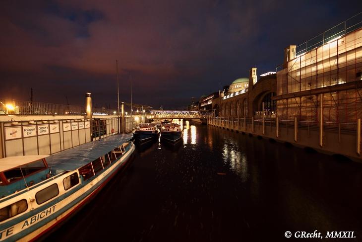 IMG_5080 - BIG CITY LIGHTS - HAMBURG HARBOUR AT NIGHT