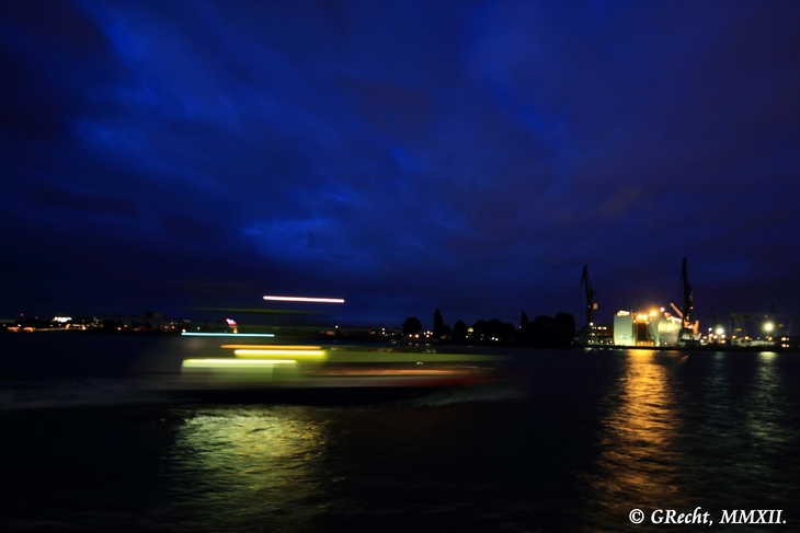 IMG_5116 - BIG CITY LIGHTS - HAMBURG HARBOUR AT NIGHT