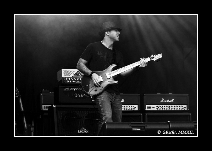 IMG_8179 - WE ARE THE ROADCREW - JOE SATRIANI`S G3
