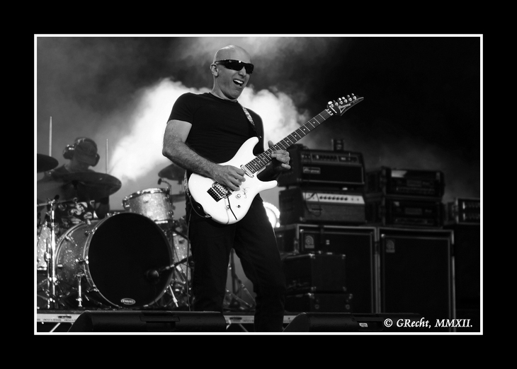 IMG_8861 - WE ARE THE ROADCREW - JOE SATRIANI`S G3