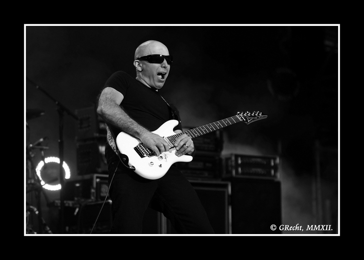 IMG_8891 - WE ARE THE ROADCREW - JOE SATRIANI`S G3