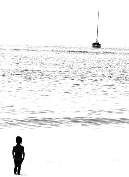 alice staring @ the sea